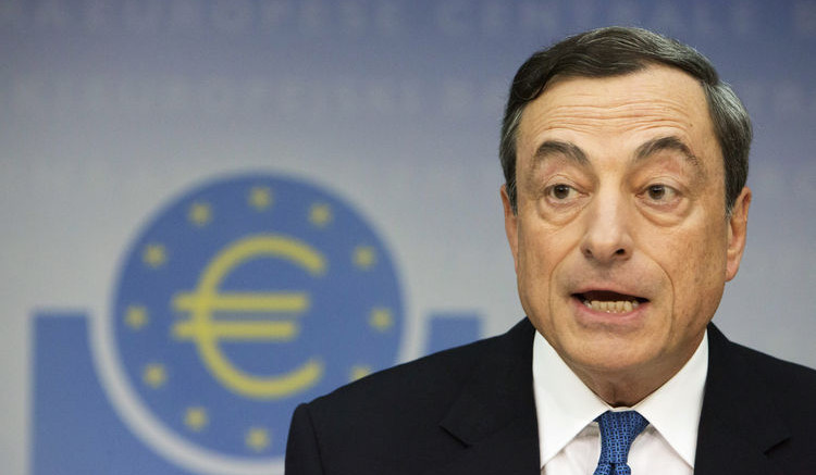 Mario Draghi, president of the European Central Bank, speaks during a news conference to announce the bank's interest rate decision in Frankfurt on Nov. 6, 2014. Photographer: Martin Leissl
