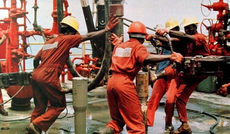 Nigeria oil rig
