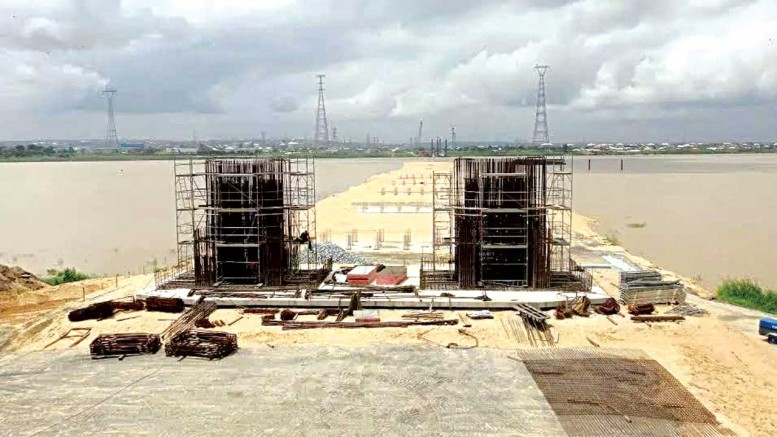Construction work at the second Niger Bridge