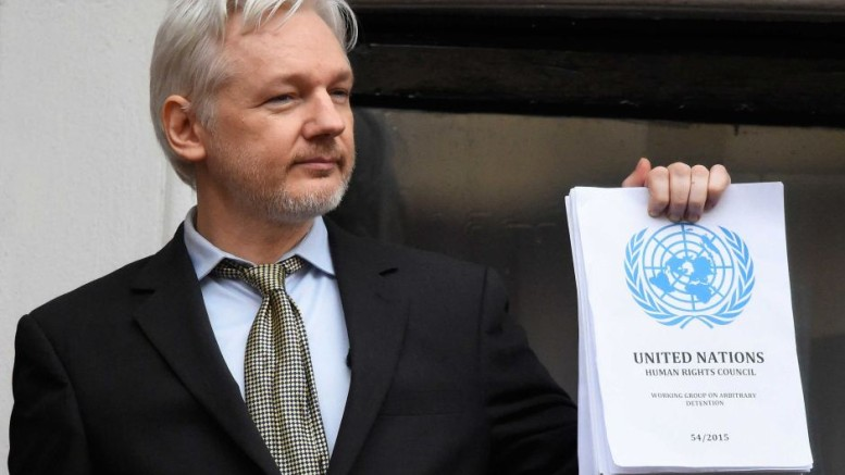 Julian Assange speaks from balcony of Ecuadorian embassy in London