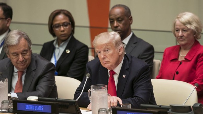 U.S. President Donald Trump, center, and Antonio Guterres, UN secretary general, left, at the UN General Assembly meeting in New York on Sept. 18, 2017. Photographer: Caitlin Ochs