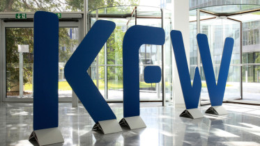 Logo der KfW, im April 2012, Deutschland