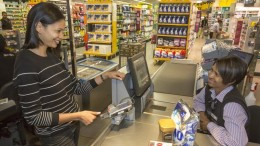mastercard biometric payment card fingerprint