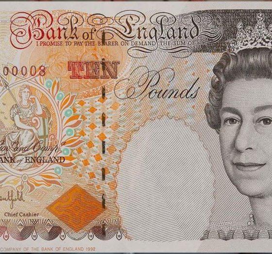 Naira Declines against pound