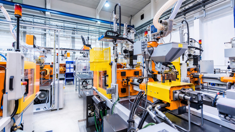 Injection moulding robots in factory