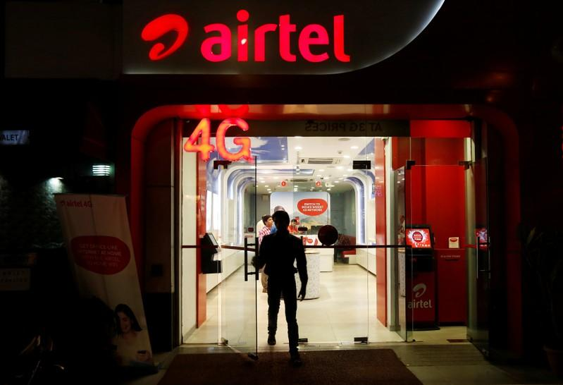 airtel grows customer base