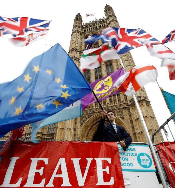 UK EConomy contracts