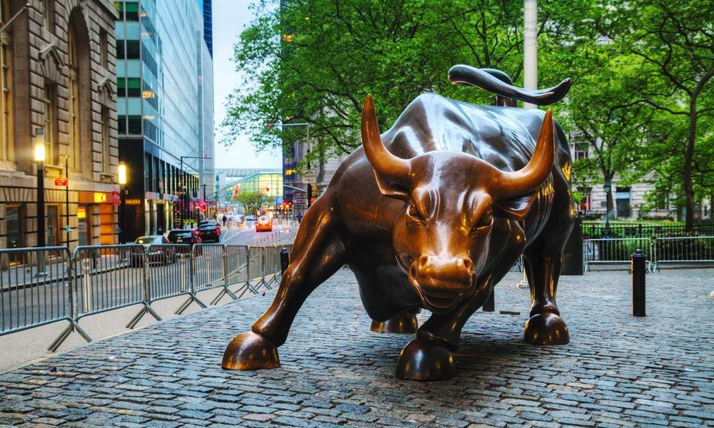 stock bull - Investors King