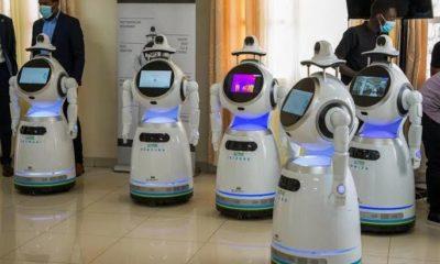 robot - Investors King