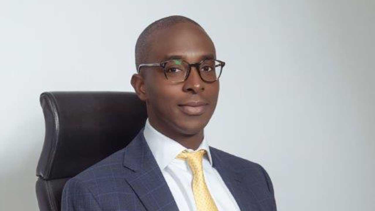 Folasope Babasola Aiyesimoju - Investors King